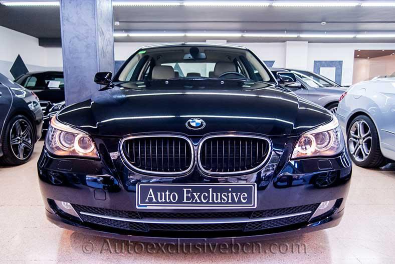 BMW 520 d Aut - 177c.v - Negro Zafiro - Piel Dakota Beige - Entrada Concesionario -Auto Exclusive BCN tu concesionario de vehículo Ocasión - Demo- y Gerencia Mercedes-Benz en Barcelona