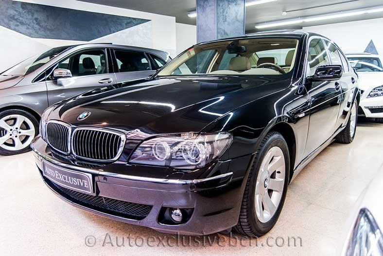 BMW Serie 730d - 231 c.v - Negro Zafiro - Piel Nasca Beige - Entrada Concesionario -Auto Exclusive BCN tu concesionario de vehículo Ocasión - Demo- y Gerencia Mercedes-Benz en Barcelona