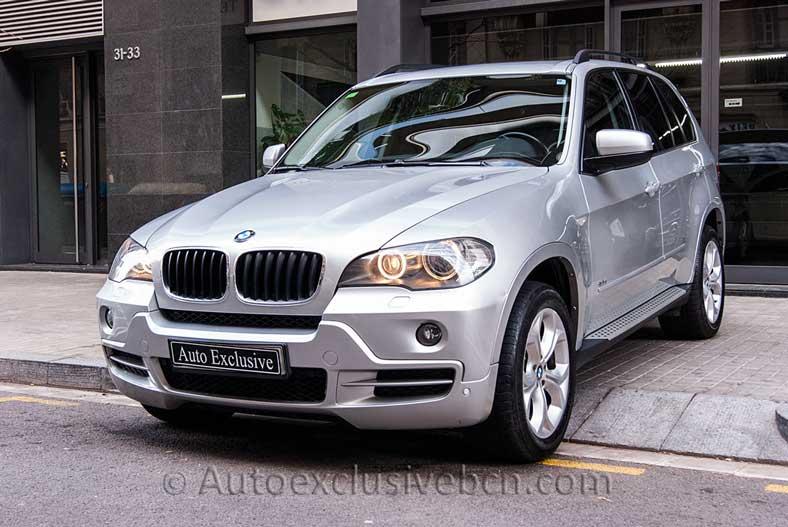 BMW X5 -Xdrive 3.0d - 7 Plazas - Plata - Piel Negra - Entrada Concesionario -Auto Exclusive BCN tu concesionario de vehículo Ocasión - Demo- y Gerencia Mercedes-Benz en Barcelona