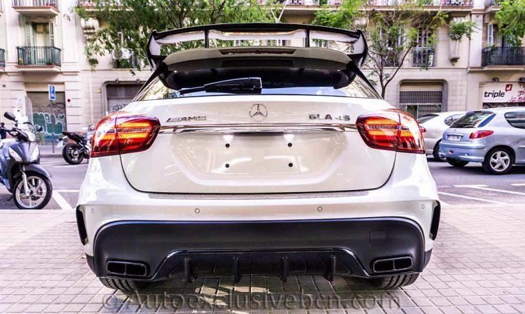Mercedes GLA 45 AMG 4M - Blanco - Performance - Auto Exclusive BCN - Concesionario Ocasión Mercedes Barcelona_DSC6765